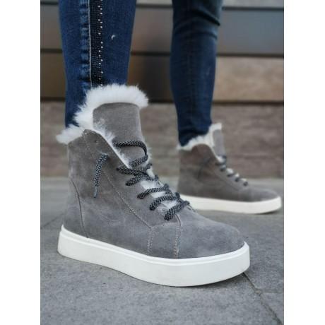 Ботинки зимние женские серые замшевые на овчине 0170