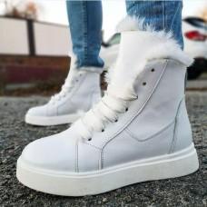 Ботинки зимние женские белые  кожаные на овчине 0177