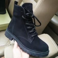 Ботинки зимние женские черные  замшевые на овчине 0184