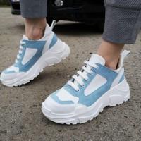 Кроссовки женские белые кожаные с голубыми замшевыми вставками 0220