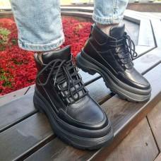 Кроссовки  женские черные кожаные 0284