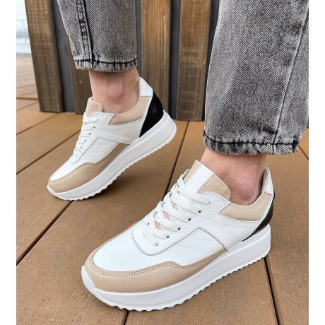Кроссовки женские белые кожаные с бежевыми и черными вставками 0341