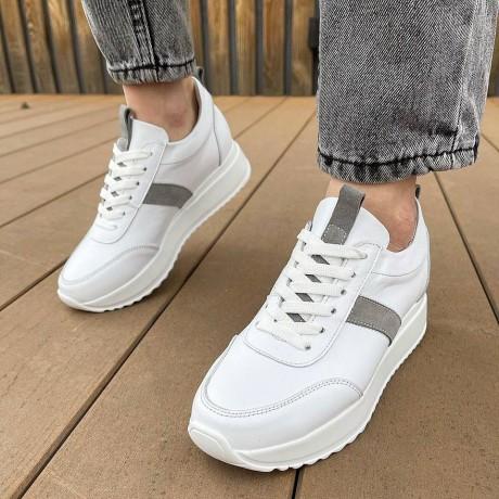 Кроссовки женские белые кожаные с серыми замшевыми вставками 0345