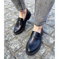 Лоферы женские черные кожаные  0360