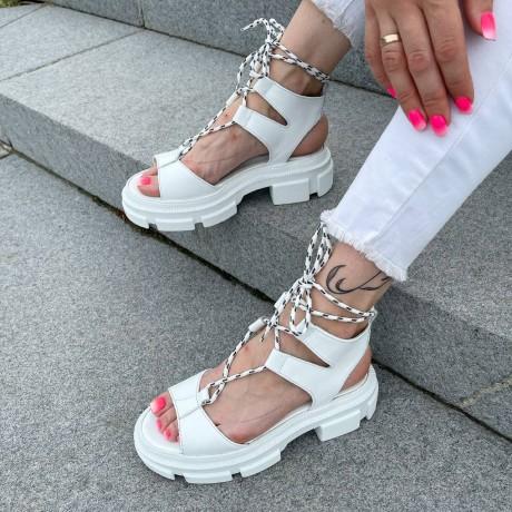 Босоножки женские белые кожаные на шнуровке 0459