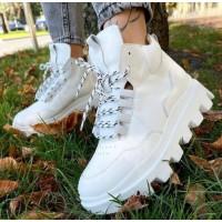 Женские высокие кроссовки кожаные  0520